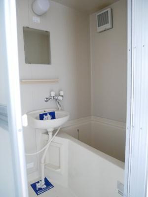 【浴室】ツインリーブスA