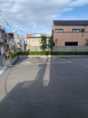 敷地内平置駐車場空き有り