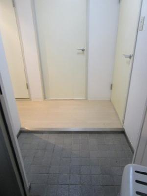 【玄関】サウスカザ