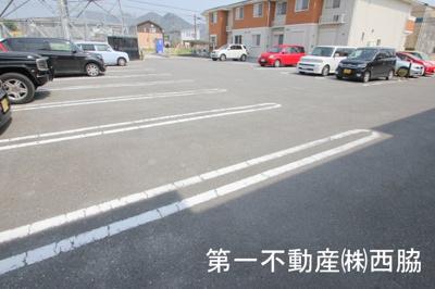 【駐車場】ジェネロシティーB
