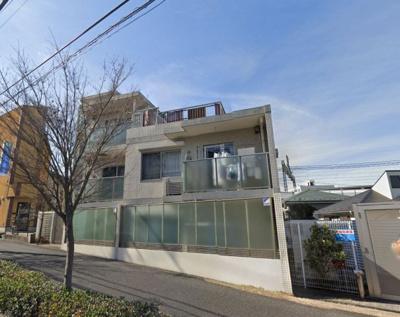 東横線「日吉」駅徒歩3分。 駅近ならではの便利な住環境も魅力的です。