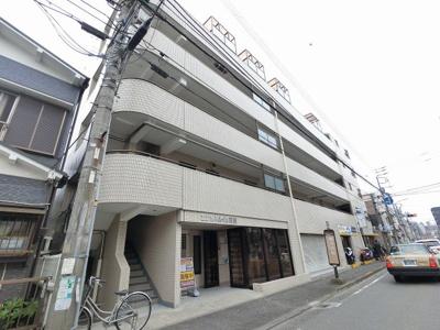 横浜市営地下鉄ブルーライン「蒔田」駅徒歩6分、京急本線「南太田」駅徒歩12分。 忙しい朝が助かる立地、暮らしにゆとりが生まれます。