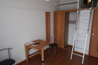 【居間・リビング】レオパレスオリーブハウスⅢ(25846-104)