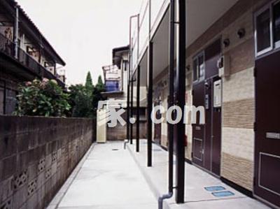【エントランス】レオパレスオリーブハウスⅢ(25846-105)