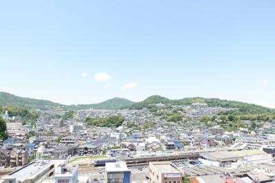眺望は西広島を見下ろすシティービュー!西広島の駅前は開発が始まったばかりですが、アストラムラインも開通する予定なので、どう変わっていくか楽しみですね!