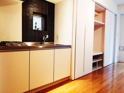 【キッチン】麻布のデザイナーズマンション プライムアーバン麻布十番Ⅱ