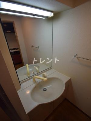 【独立洗面台】レジデンシア麻布十番