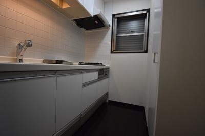 【キッチン】大切なペットと暮らせるワンランク上の1LDK プレミアステージ麻布十番