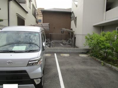 【駐車場】グレース西田辺