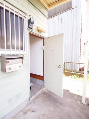 【玄関】ピュアハウス