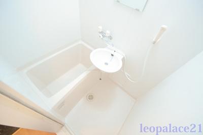 【浴室】レオパレスクレストコート