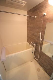 【浴室】アドバンス新大阪Ⅵビオラ
