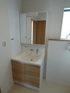岐阜市下奈良3丁目新築戸建て4LDK:使いやすい洗面所です