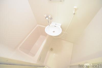 【浴室】レオパレスプリフェール