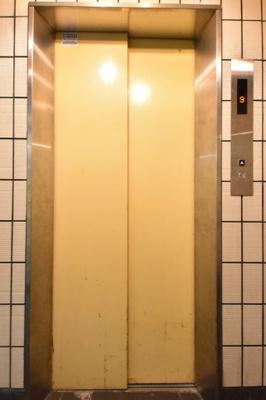 シャンクレール南堀江 エレベーター