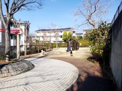 敷地内公園☆神戸市垂水区 コンフォール学園緑ヶ丘第2☆