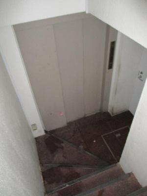 第5SIビル  エレベーターホール