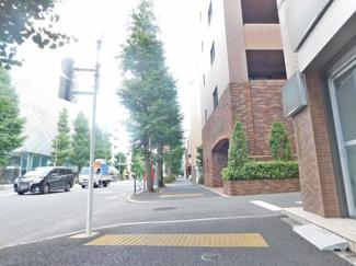 【前面道路含む現地写真】杉並区梅里2丁目 中古戸建