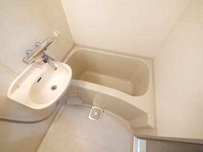 【浴室】レオパレス佐保川