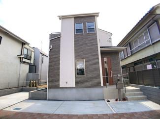 建物は延べ31坪超えでLDK19.1帖と広く各居室は6帖以上です。
