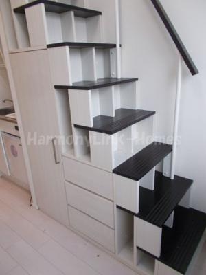 ハーモニーテラス和泉Ⅱの収納付き階段☆
