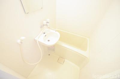 【浴室】レオパレス水池
