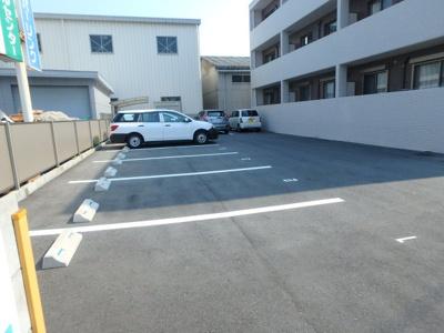 【駐車場】サウスコート西市