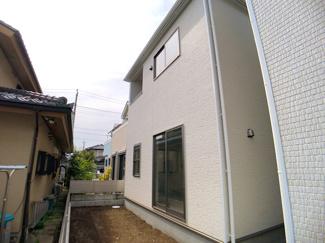 新京成線「滝不動」駅徒歩11分の全2棟の新築分譲住宅です。