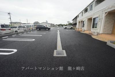 【駐車場】ベラカーサ セコンド