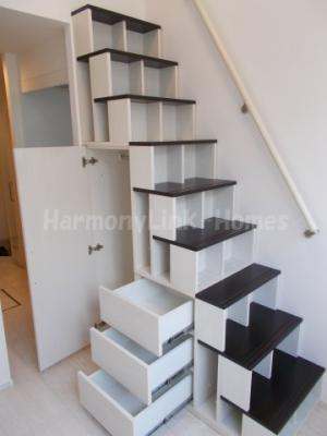 ハーモニーテラス南長崎の収納付き階段☆