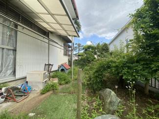 若葉区桜木北 土地 都賀駅 ホームセンターや、ドラッグストアなど、お買い物場所に恵まれた立地です。