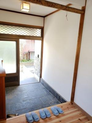 【玄関】鳥取市青葉町3丁目中古戸建て