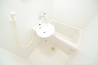 【浴室】レオパレスエスポアール