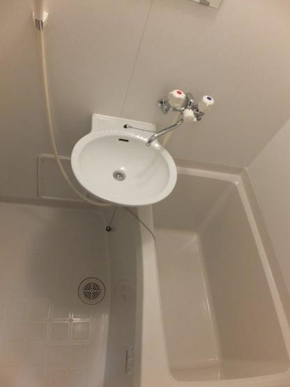 【浴室】レオパレスエイト