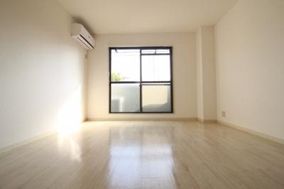 室内はリフォーム済みで気持ちよくお過ごしできます♪