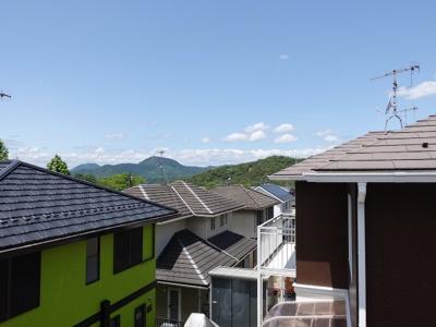 前面に高い建物が無いので陽当たりもよくすっきり景色が見通せます!
