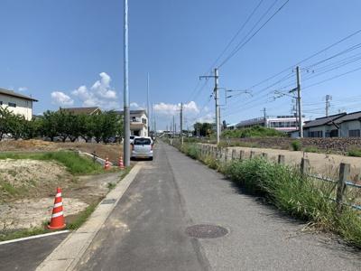 【前面道路含む現地写真】日高町1丁目201番2