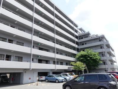 総戸数72戸のマンション!大規模修繕もしっかりしていて、安心してお住まいになれます。