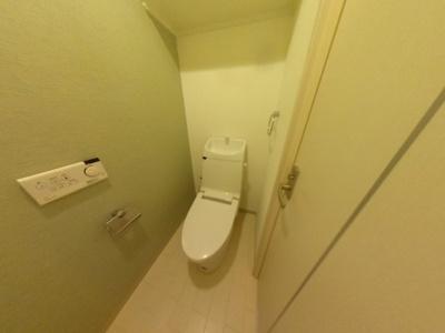 【トイレ】人気の堀江にあるレジデンス物件