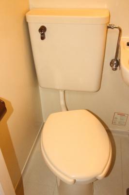 コンパクトなトイレ(同一仕様写真)