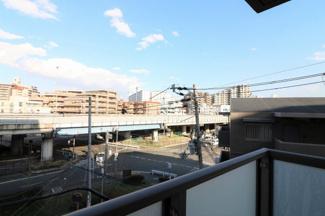 【現地写真】 現地からの眺望です♪周りに高い建物もなく、快適な日常を、お過ごしください♪