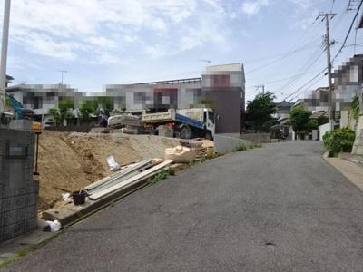 【前面道路含む現地写真】神戸市垂水区舞子坂2丁目 2号棟 新築戸建