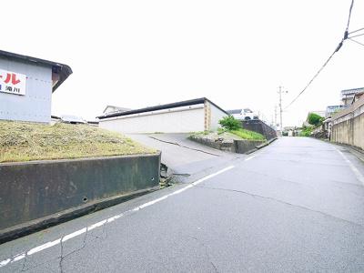 【その他】滝川シャッター付きガレージ