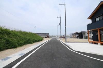 国道1号線、名神栗東ICに近く交通アクセス便利