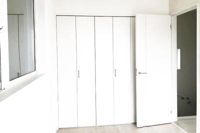【お部屋情報】全居室収納付きなので荷物がスッキリ片付き、お部屋を広くお使いいただけます。