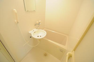 【浴室】レオパレスシャンテ三国本町