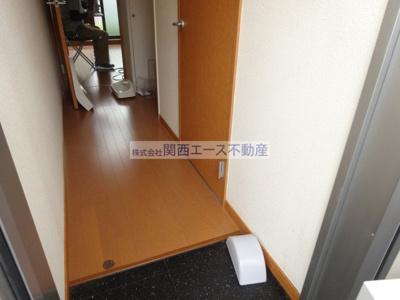 【玄関】レオパレスカナール