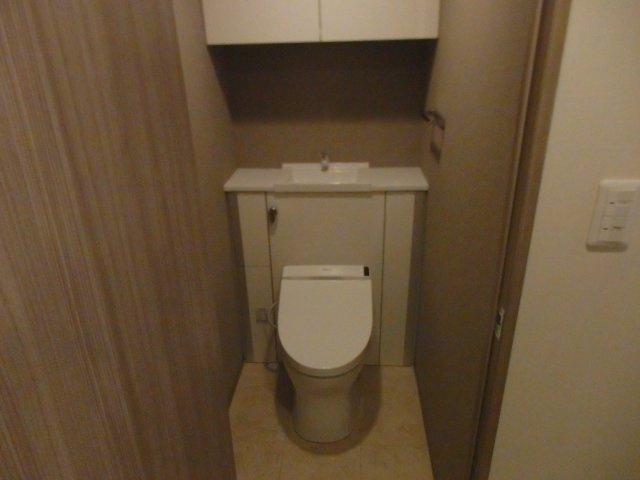 【トイレ】プレサンスロジェ神戸ポートアイランド