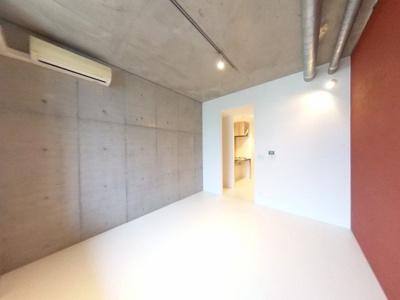 【洋室】豪華エントランスのデザイナーズレジデンス