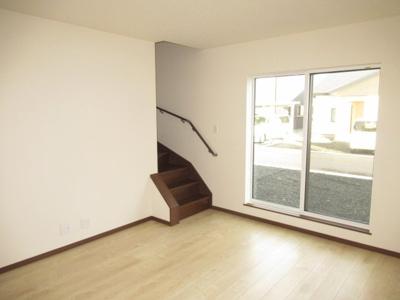 【居間・リビング】清水5丁目・未入居中古住宅 月々40,568円~